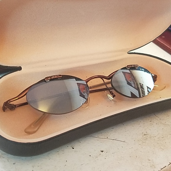 Tommy Hilfiger Accessories - Tommy Hilfiger vintage sunglasses with case.